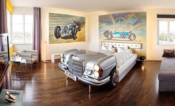 V8 Hotel Mercedes Suite Level 3