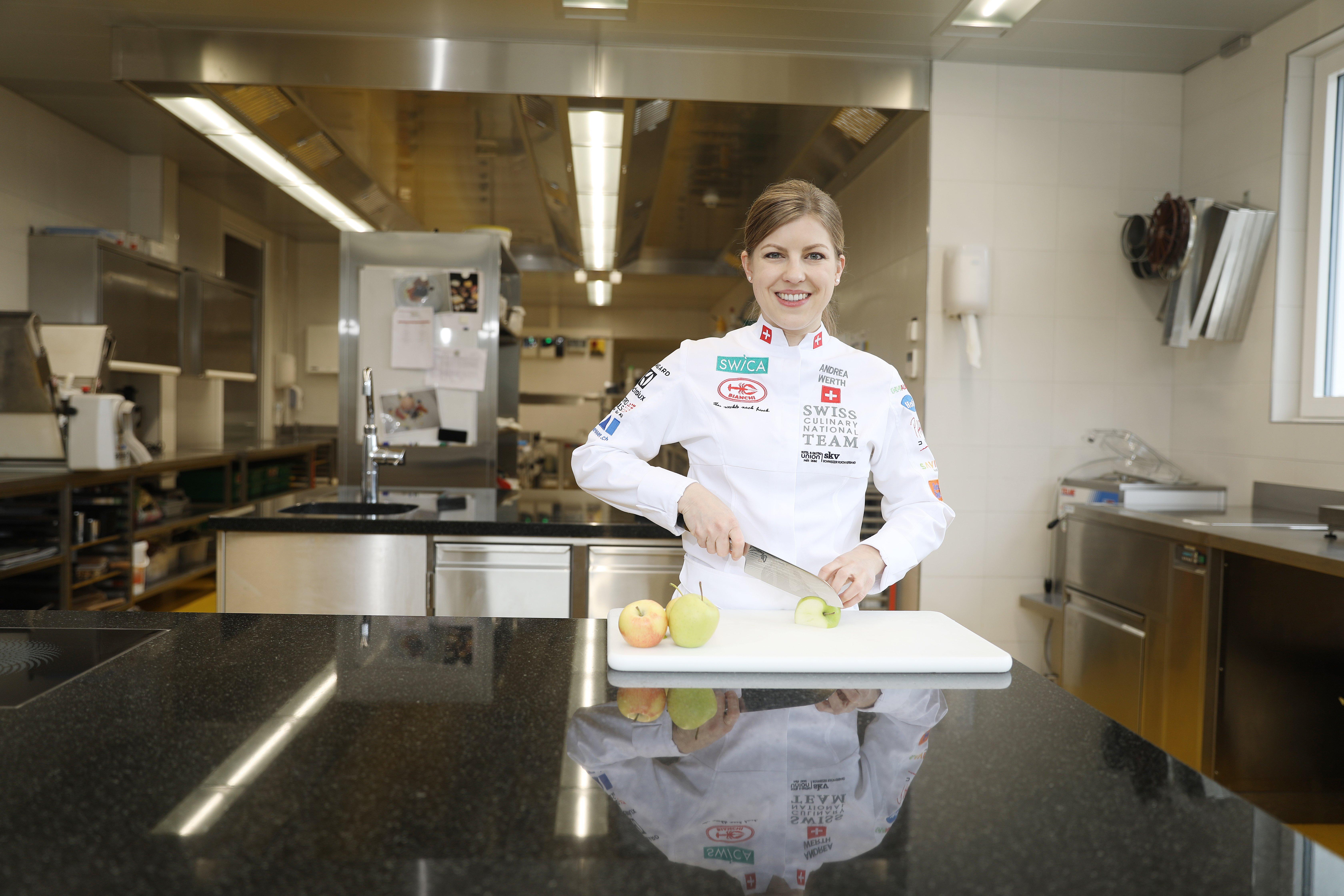 Andrea Werth studiert an der EHL Hotelfachschule Passugg und trainiert für die Kocholympiade