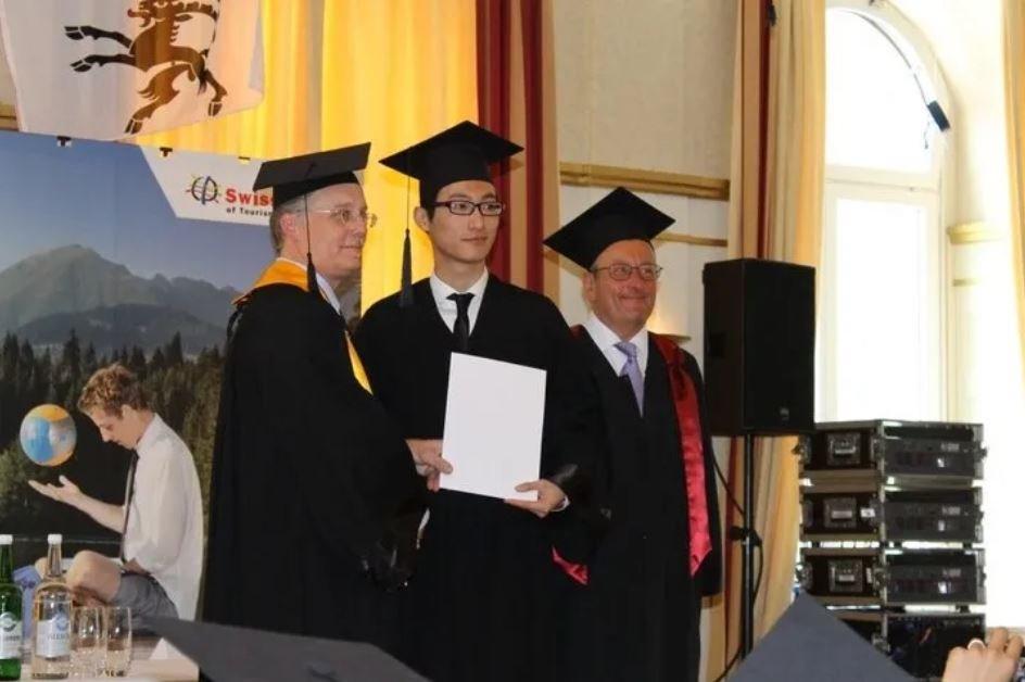 Teven Yan graduates from EHL Passugg